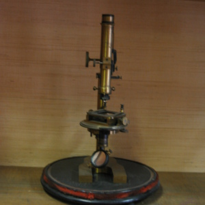 Microscope polarisant Picart